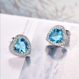Jewelry - Aquamarine 18k heart earrings